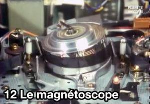 12) Le magnétoscope